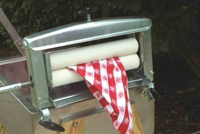 Hand Washing Laundry System