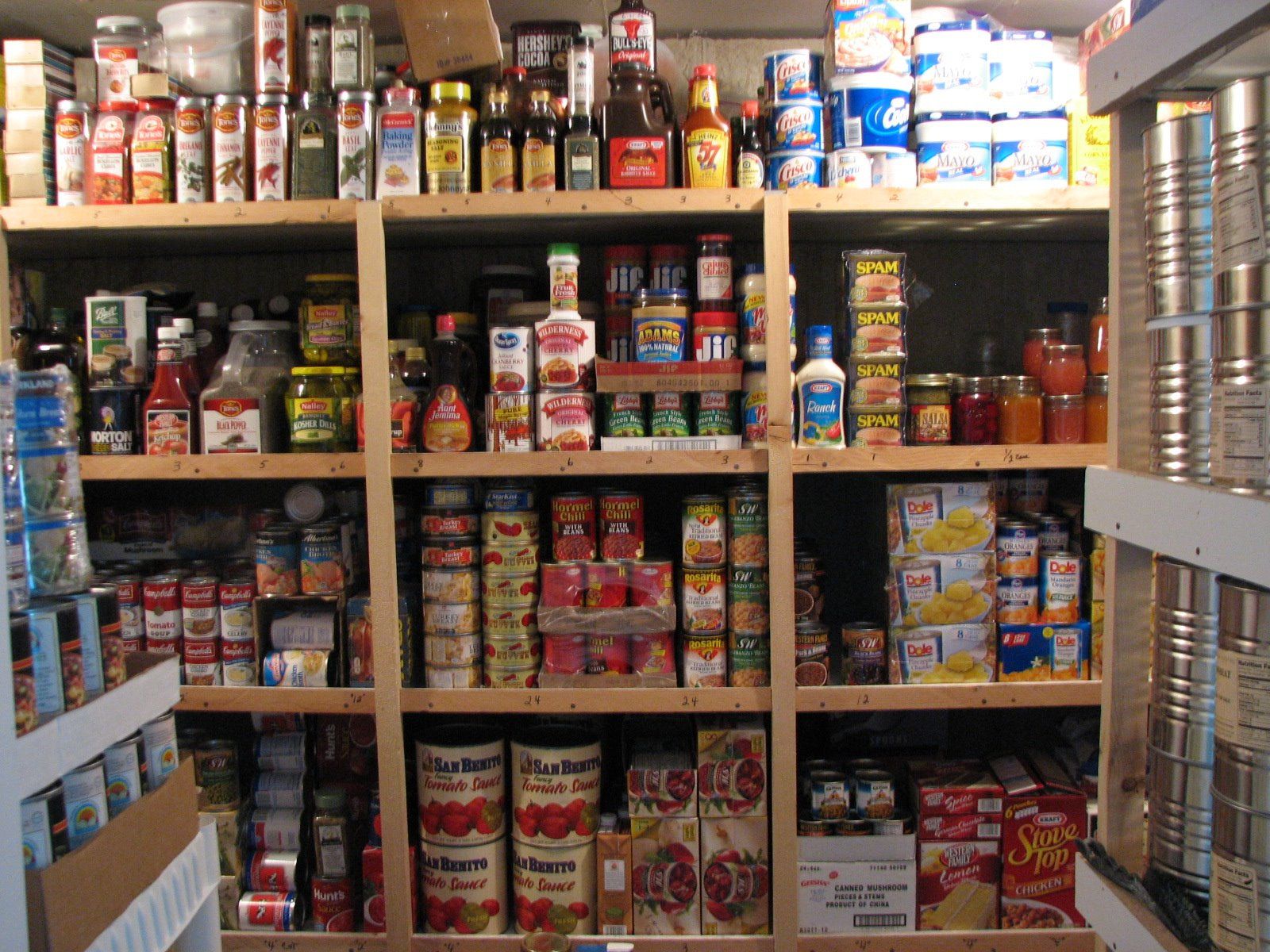 The Top 10 Places To Store Your Emergency Food Supply